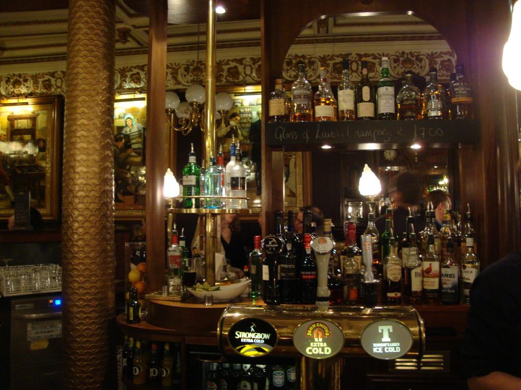 Pub, Edimburgo
