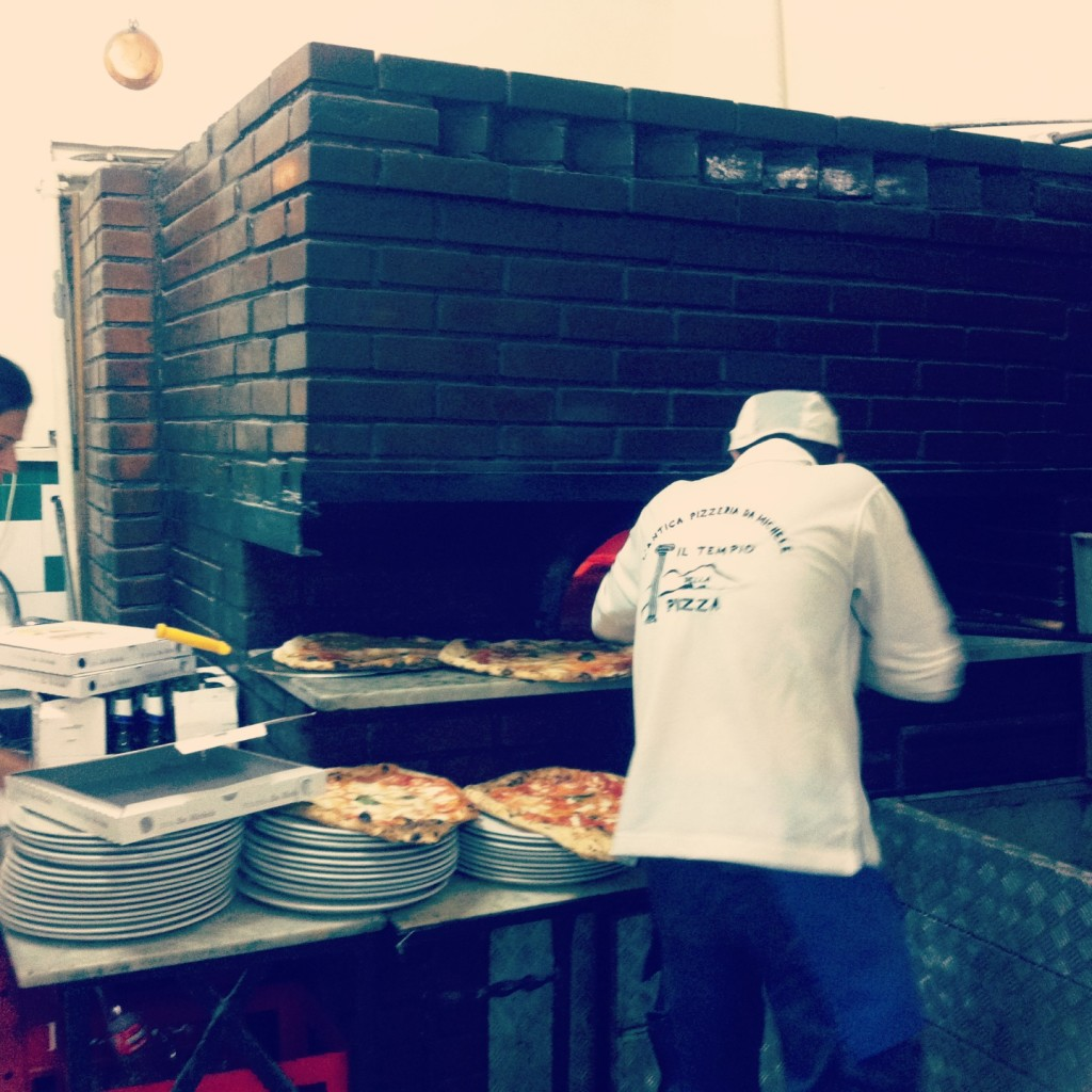 Pizzeria, Michele, Napoli