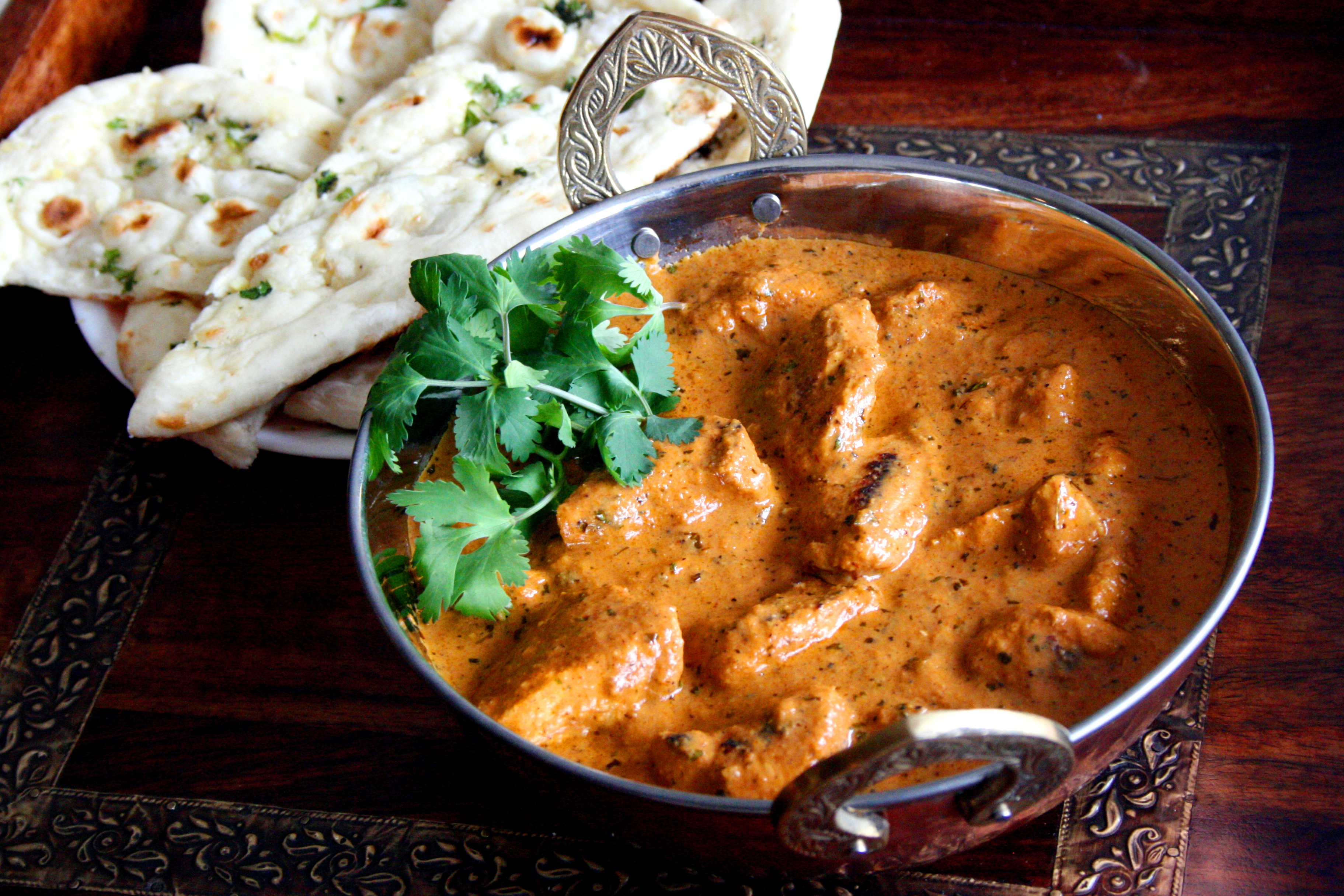 Displaying 19> Images For - Chicken Tikka Masala Naan...