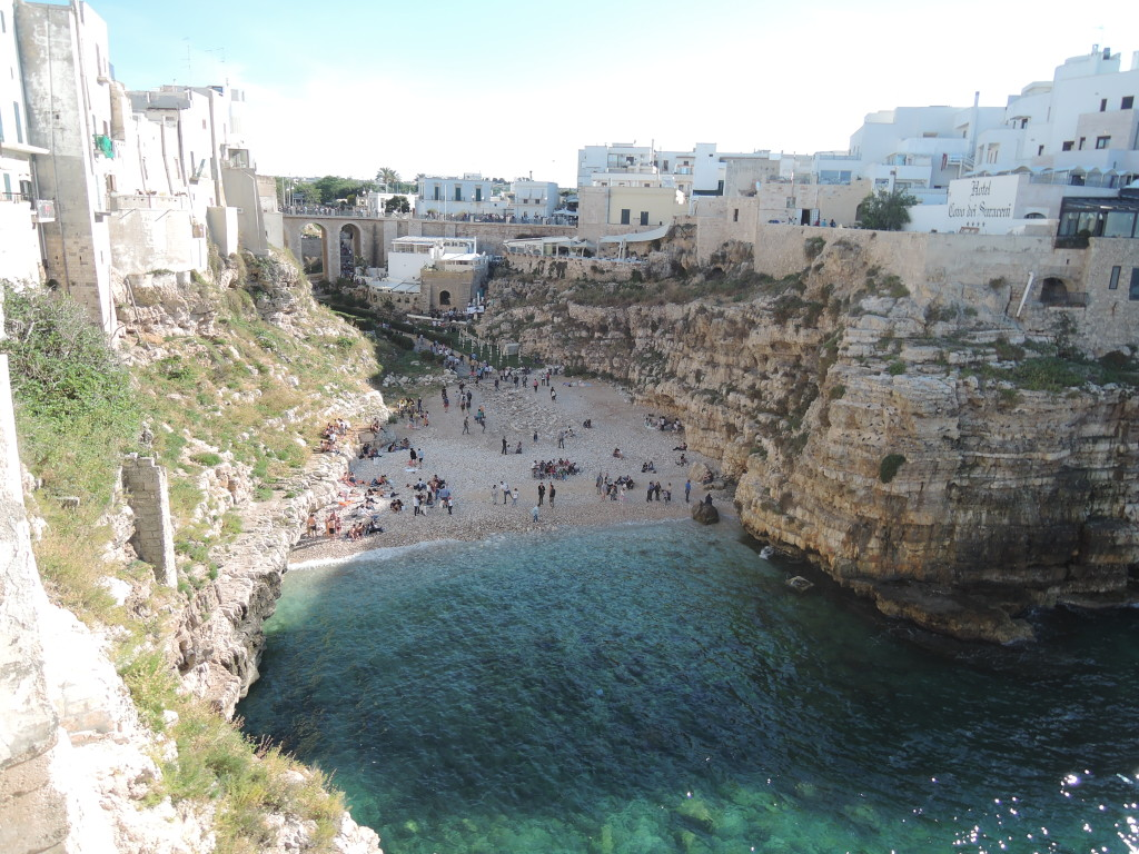 Scogliera, Polignano a mare, Puglia